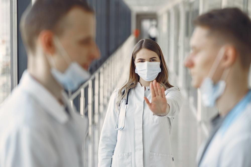 10 Recomendaciones psicológicas básicas para profesionales sanitarios frente al coronavirus-Covid 19